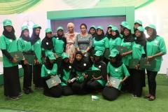BUK-Graduating-STEM-students-with-the-MDCEO-REAMrs.-Damilola-Ogunbiyi-and-Head-of-the-Energizing-Education-Programme-Mrs.-Anita-Otubu