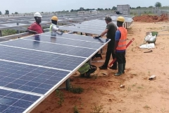 Installation-of-PV-Modules-in-rows-B1-to-B11-in-plot-A-in-progress